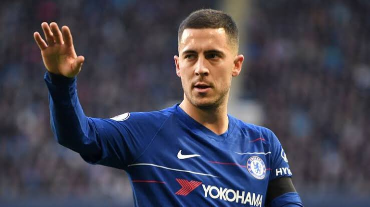 """Eden Hazard """"At the moment there's nobody waiting for me. We still have 2 important months with #Chelsea. We can win the Europa League. We have to win the Europa League or we have to finish in the top four to play in the Champions League.""""  #CFC<br>http://pic.twitter.com/QrLUWR3Sh9"""
