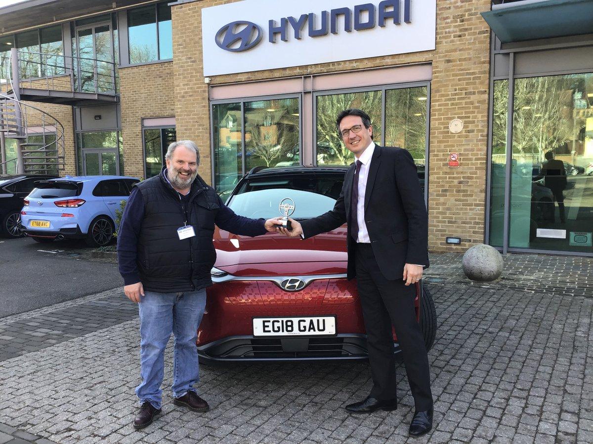 The 'watt age' is here as #Hyundai receives top award for winning @SGMWupdates #COTY award for #KonaElectric. #EVs are charging ahead! @Hyundai_UK_PR https://bit.ly/2U1PKeU