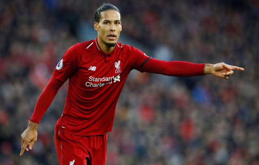 """Virgil van Dijk on his mistake vs Fulham:  """"I just wanted to give Babel some confidence for the upcoming international games.""""  Brilliant. 😂👏"""