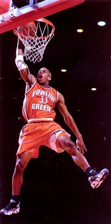 Happy Falcon Birthday to @BGSUMHoops legend Antonio Daniels! We'll never forget the impact you made on this program and the pride you bring to our campus with your continued success! #HonorThePast