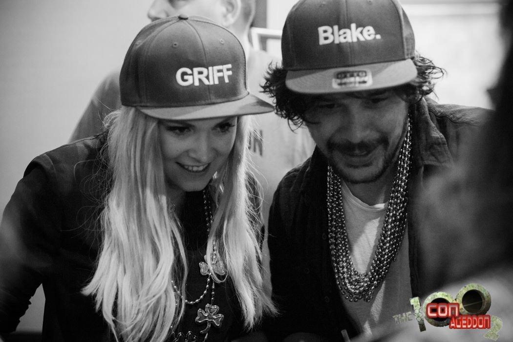 PHOTO | New photo of Bob and Eliza from Day 1 of #Conageddon2 (via Conageddon Facebook) #Bellarke<br>http://pic.twitter.com/4izttizYtO