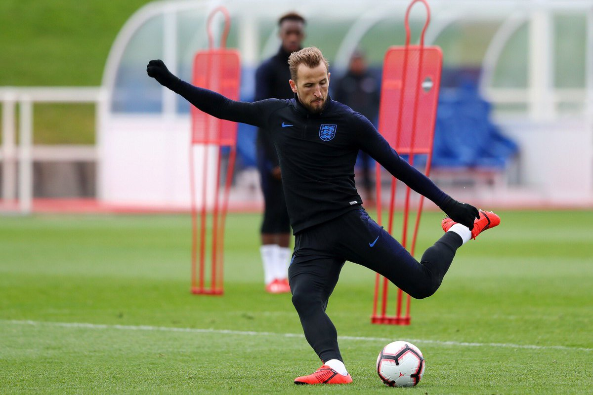 Great to be back with the @England team 🦁🦁🦁 #ThreeLions