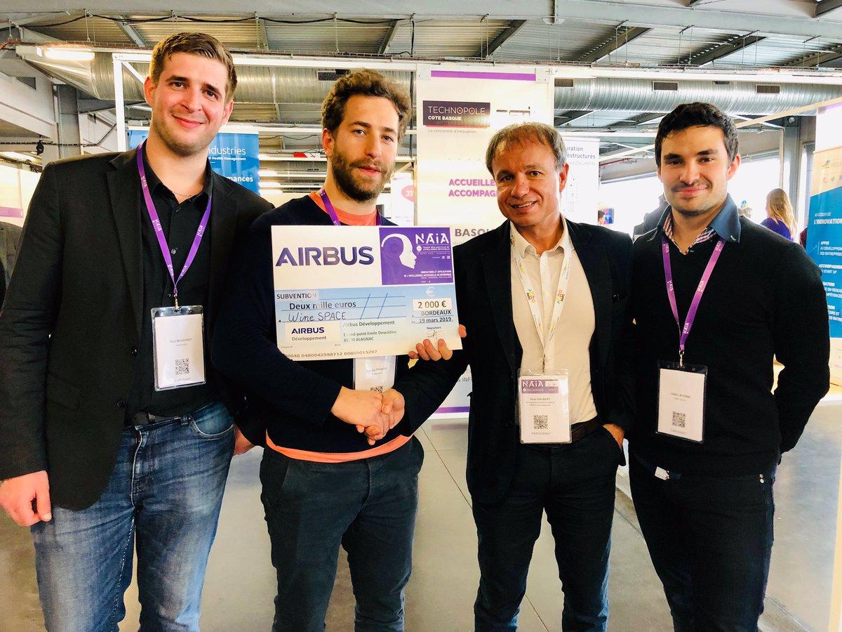 Ça bouge à #NAIA2019 !  @Airbus soutient deux #startup en croissance de la technopole en attribuant à @KIPERS_Ind et @winespace_fr 2 bourses d'aides au #recrutement ✍️ Un grand merci à Yvon Gaubert pour son soutien 🤝  #emploi #Bordeaux #ArtificialIntelligence