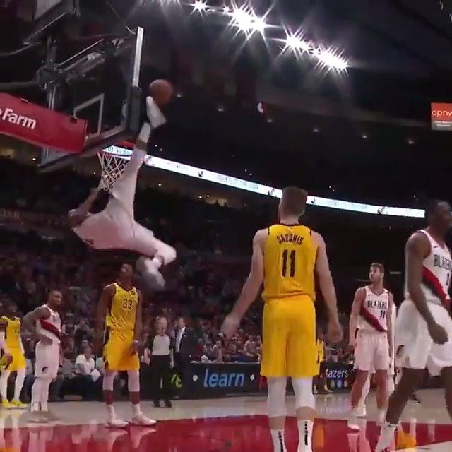 Moe Harkless inventing new ways to protect the rim 😂 #Shaqtin