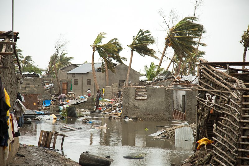 UPDATE: #CycloneIdai is a humanitarian catastrophe for the people of #Mozambique.  Large parts of Beira have been damaged, entire villages and towns have been completely flooded.   The scale of suffering and loss is still not clear http://bit.ly/2CusXhM