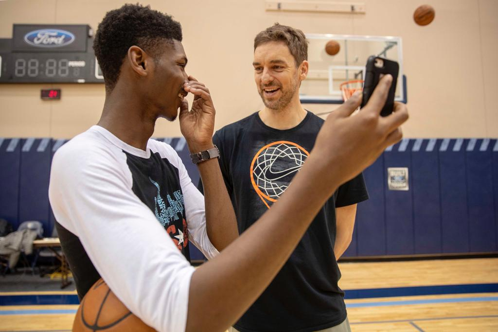Last month, I got the chance to spend time with a Superstar!! @stjude patient Nick. #NBAFitWeek   Read Nick's story here: http://bit.ly/2VT8Hh4   🏀🎼