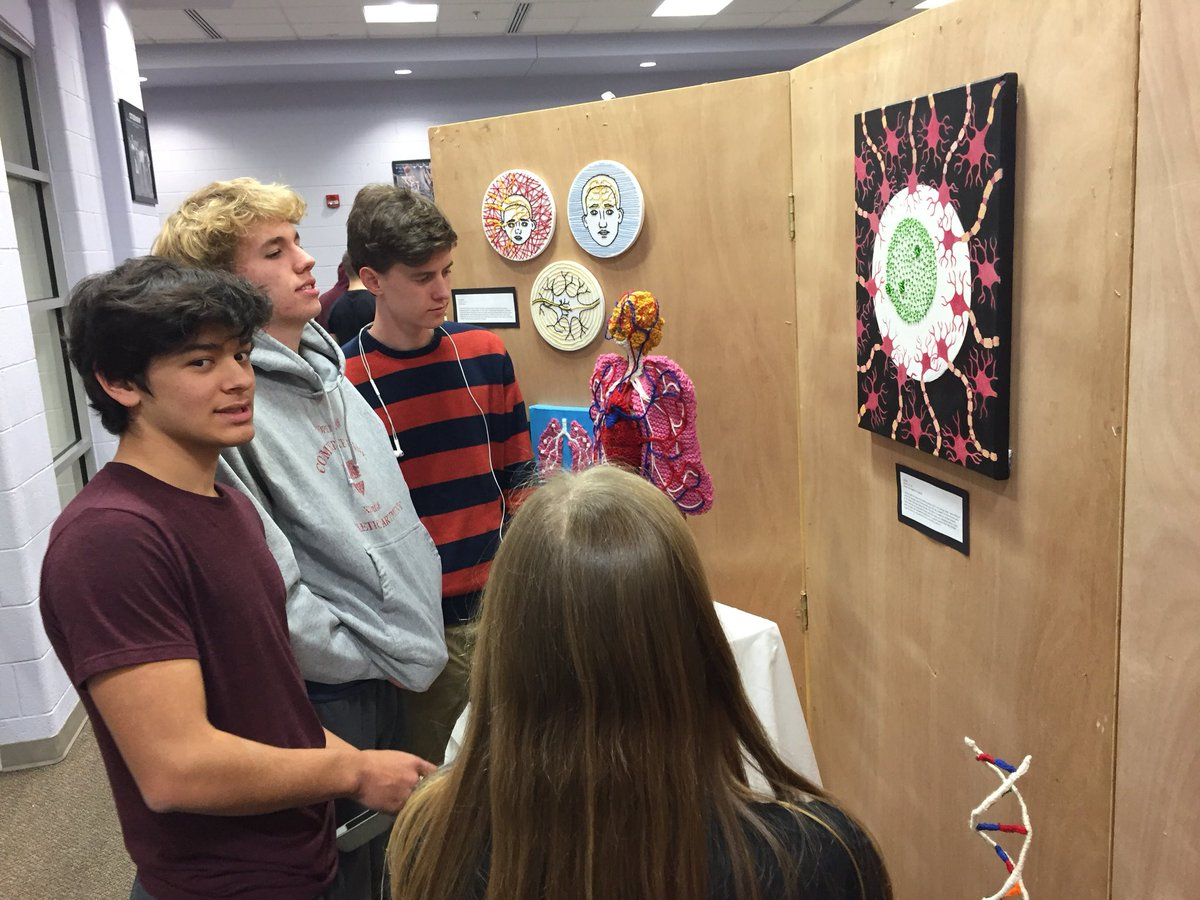 Lots of folks visiting IB Art Exhibition. Come by 3-8pm today. <a target='_blank' href='http://twitter.com/GeneralsPride'>@GeneralsPride</a> <a target='_blank' href='http://twitter.com/APSArts'>@APSArts</a> <a target='_blank' href='https://t.co/OShdukA0Fe'>https://t.co/OShdukA0Fe</a>