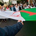 Image for the Tweet beginning: Les manifestations en #Algérie ne