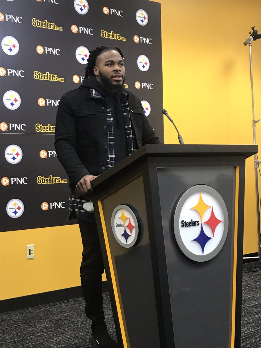 New @steelers linebacker Mark Barron (@M_B_24) said he wanted to sign with the team because of the respect he has for Coach Mike Tomlin.   Also said he is a three-down linebacker and doesn't expect to come off the field.<br>http://pic.twitter.com/oYLo1ynXkD