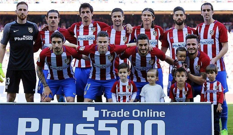 Hace 2 años (19.3.17) @Atleti ganó 3-1 a @SevillaFC en el Vicente Calderón. Los andaluces nos sacaban 7 pts al final de la 1ª vuelta y acabaron la liga 6 por detrás. Oblak, Griezmann (⚽), Savic, Gabi, Filipe Luis, Carrasco, Godín (⚽), Vrsaljko, Gameiro, Koke (⚽) y Saúl. #11ATM