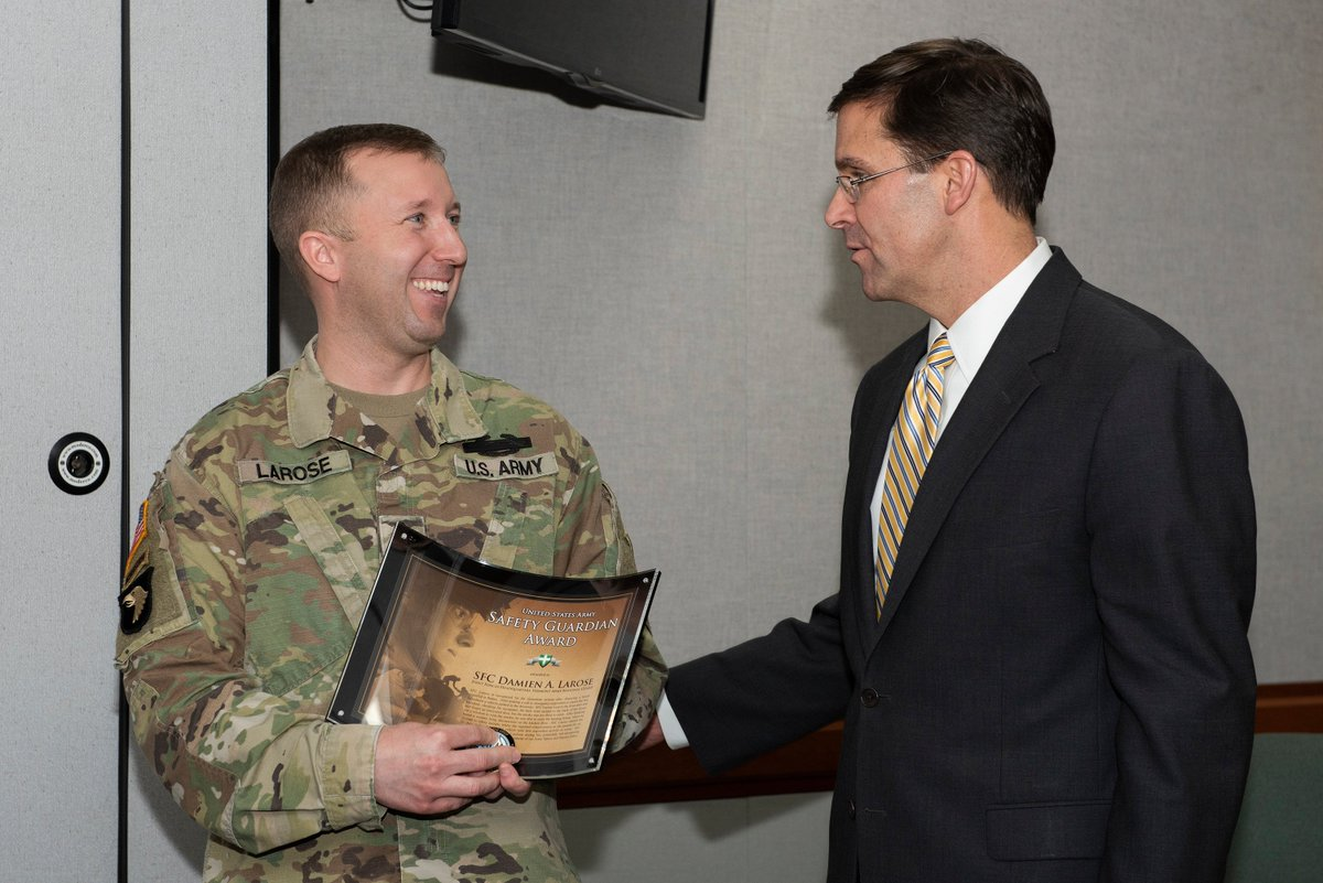 Safety Shout Out! @vtarngrrb - @SecArmy recognizes SFC Damien Larose with the United States  Army Safety Guardian Award. He was recognized for his actions during a life-threatening  incident in which he rescued a woman from a house fire. https://www.dvidshub.net/image/5182112/secretary-army-visits-vermont…