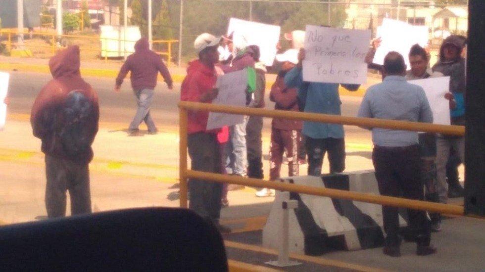 ReporterosnMovimient's photo on Circuito Exterior Mexiquense