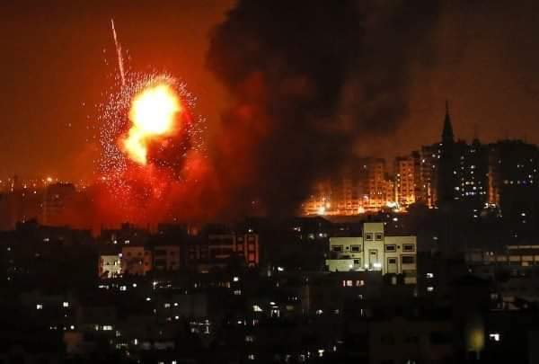 The world looks away as Gaza burns yet again.  #GazaUnderAttack #bds #BoycottEurovision2019 #Palestine<br>http://pic.twitter.com/2fNs9ZslUi