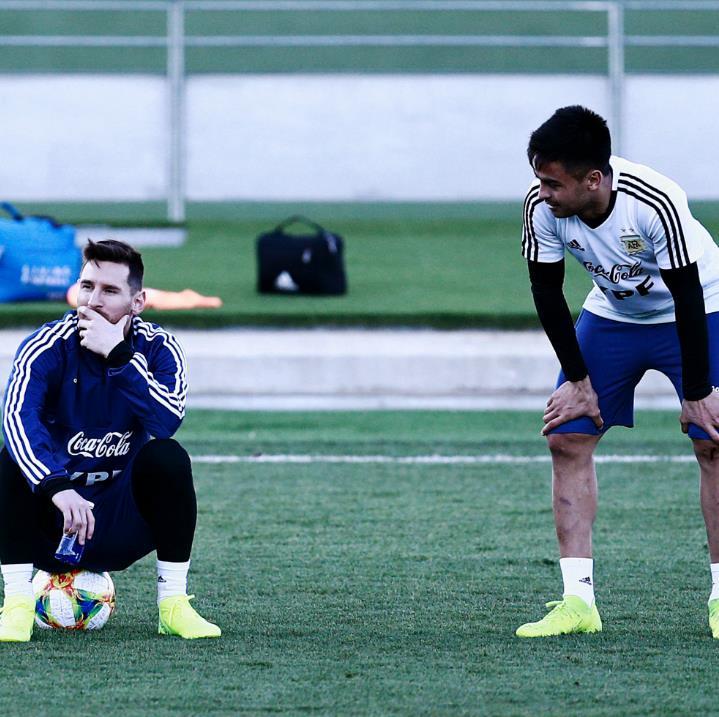 Invictos's photo on Messi