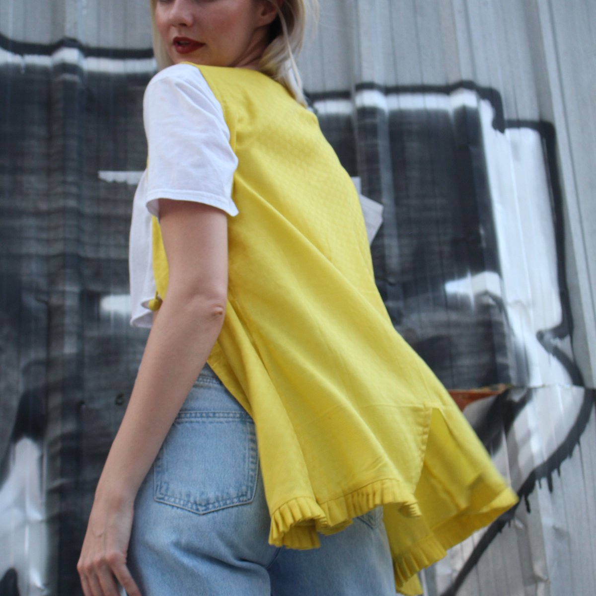 Sleeveless overlay jacket | pleated details | mogra bud closure | yellow honeycomb weave | cotton   Nothing quite says boss girl more than a sleeveless jacket! Boss your way through summer in this extremely stylish separate. Mix em and match em they are unapologetically stylish. pic.twitter.com/1JmHjzL2vY