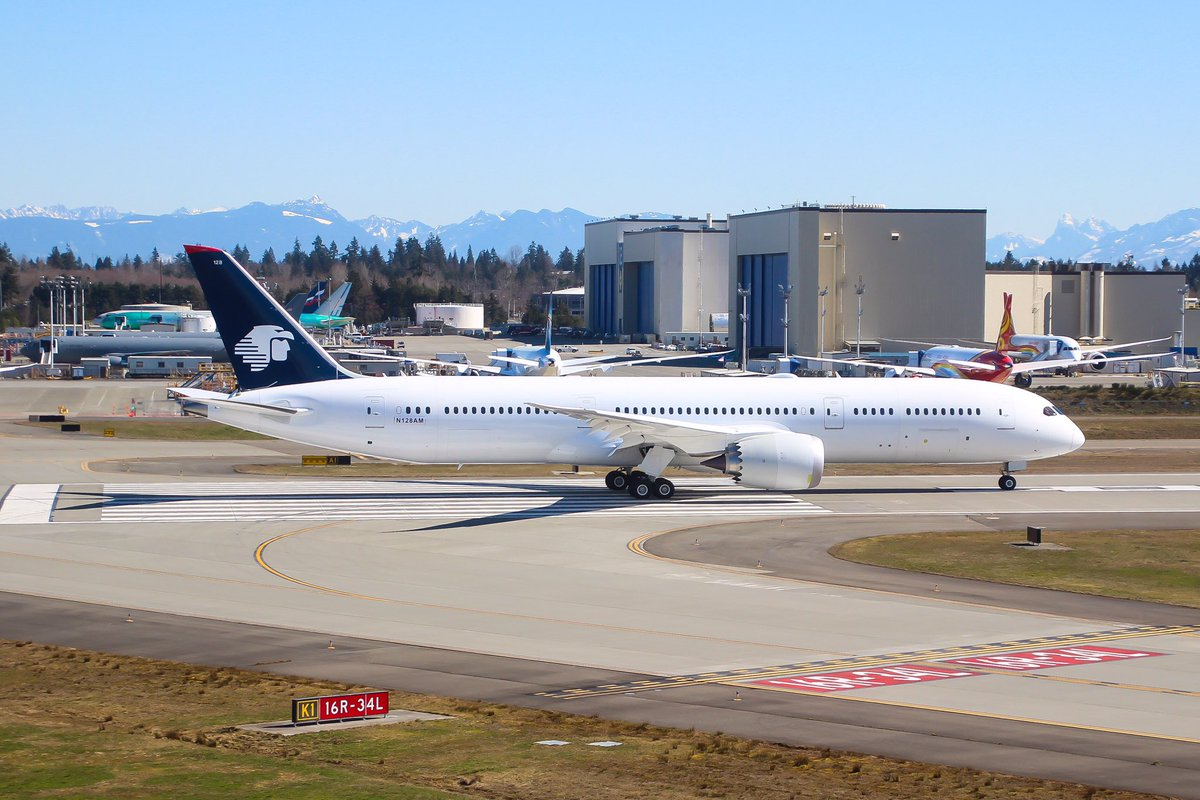 Aeromexico 787-9 N128AM leaving Paine Field on a test flight to Moses Lake this afternoon. <br>http://pic.twitter.com/LviQZWSCgT