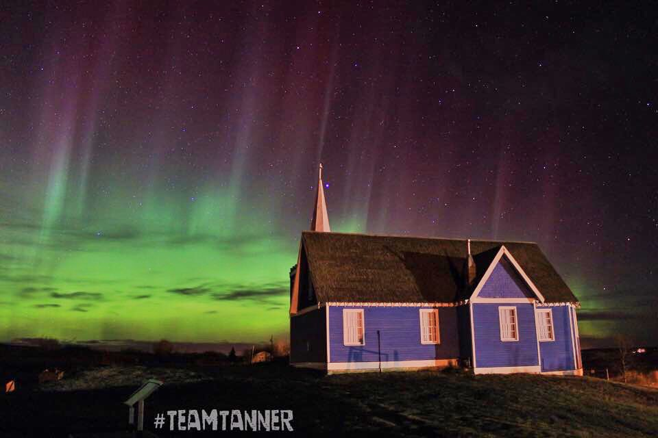 Always loved this little blue church in Big Valley #alberta Now to just get another big #solarstorm so I can redo this photo with a bigger better camera and lens  #aurora #NorthernLights #teamtanner #auroraborealis @dartanner<br>http://pic.twitter.com/9si82OLZKr