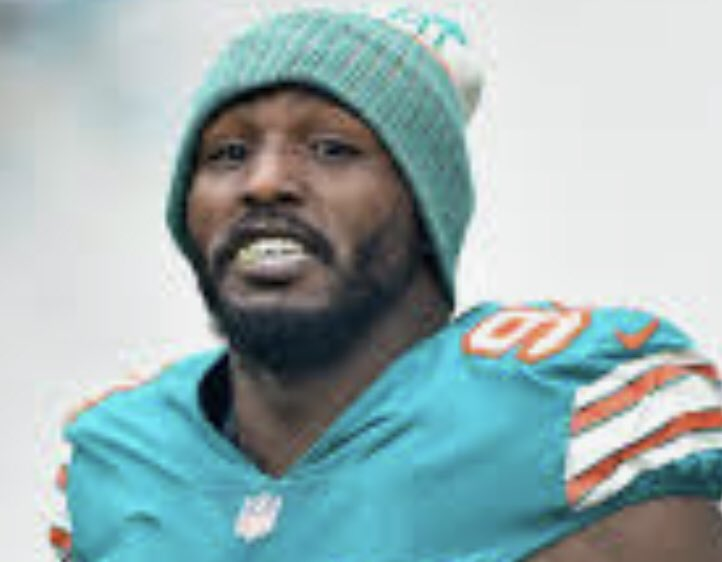There is a good vibe between #Cowboys #Dolphins &amp; Robert Quinn. Prediction: if Dallas agrees to give Quinn an extension, this deal will get done. <br>http://pic.twitter.com/LVGqGFf2xp
