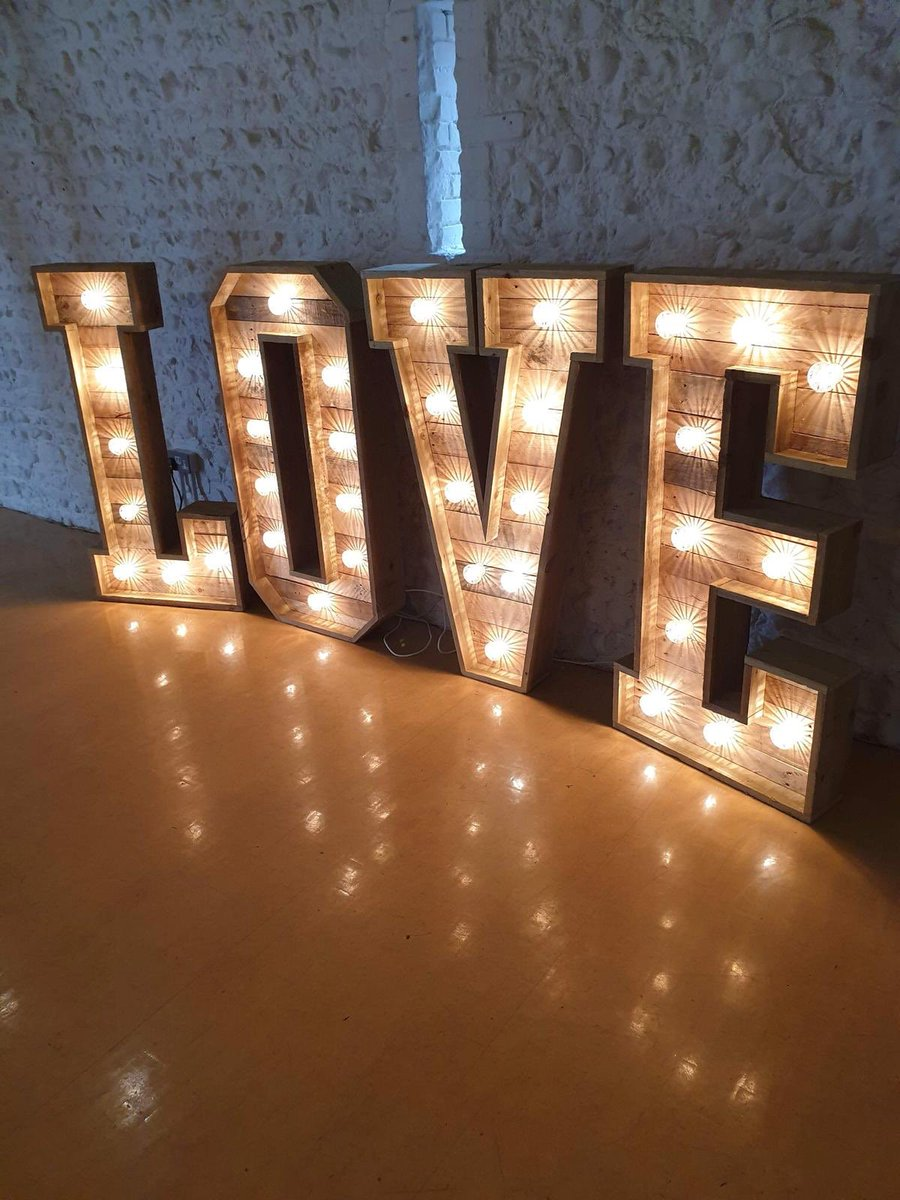 Feeling the love  with our rustic love letters. #weddinghire #weddingdecor <br>http://pic.twitter.com/06IaOIpu9z