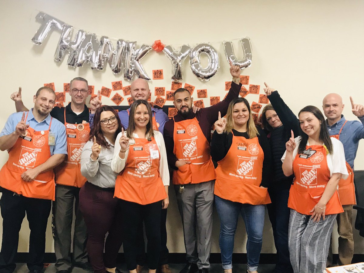 District 312 SASM training was a success! This teams wants to win! Thank you @PS_RSM Armando for dropping in and introducing @wendyofthewest Wendy. As you can tell, we're engaged and aiming to deliver best in class results! @LisaFerence @JabarrBean