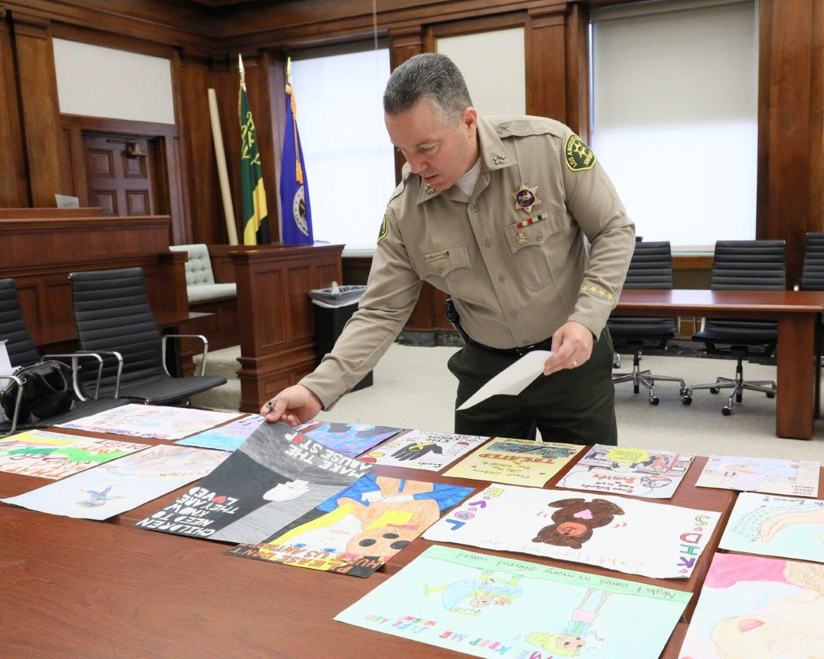 Judging the #ICAN Inter-Agency Council on Child Abuse & Neglect poster art contest from 4th, 5th & 6th graders from throughout LA County. This contest emphasizes the importance of child abuse prevention & gives kids the ability to express it to others through art. @LASDHQ