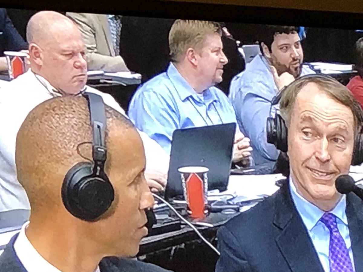 My man @MikeOrganWriter, the Hall of Famer, getting some air time. And always hard at work.