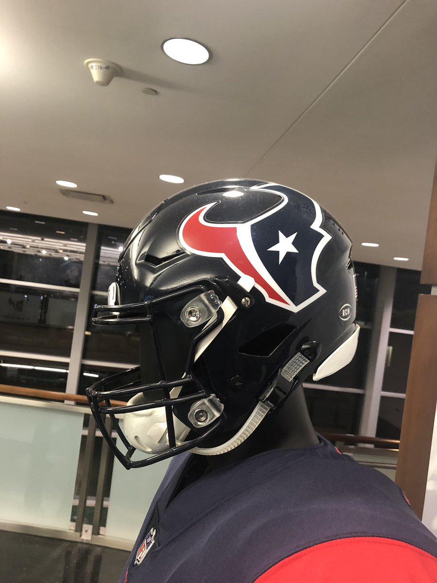 Excited for this New Journey!! God has blessed us GREATLY! My Family &amp; I are very thankful! @HoustonTexans #LetsWork<br>http://pic.twitter.com/8g6qevpYEO
