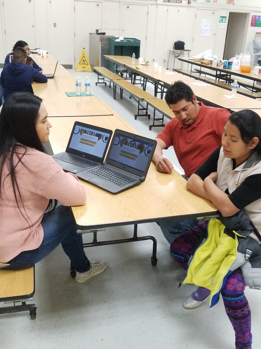 Migrant parents taking LCAP survey <br>http://pic.twitter.com/27TYO6bxwt
