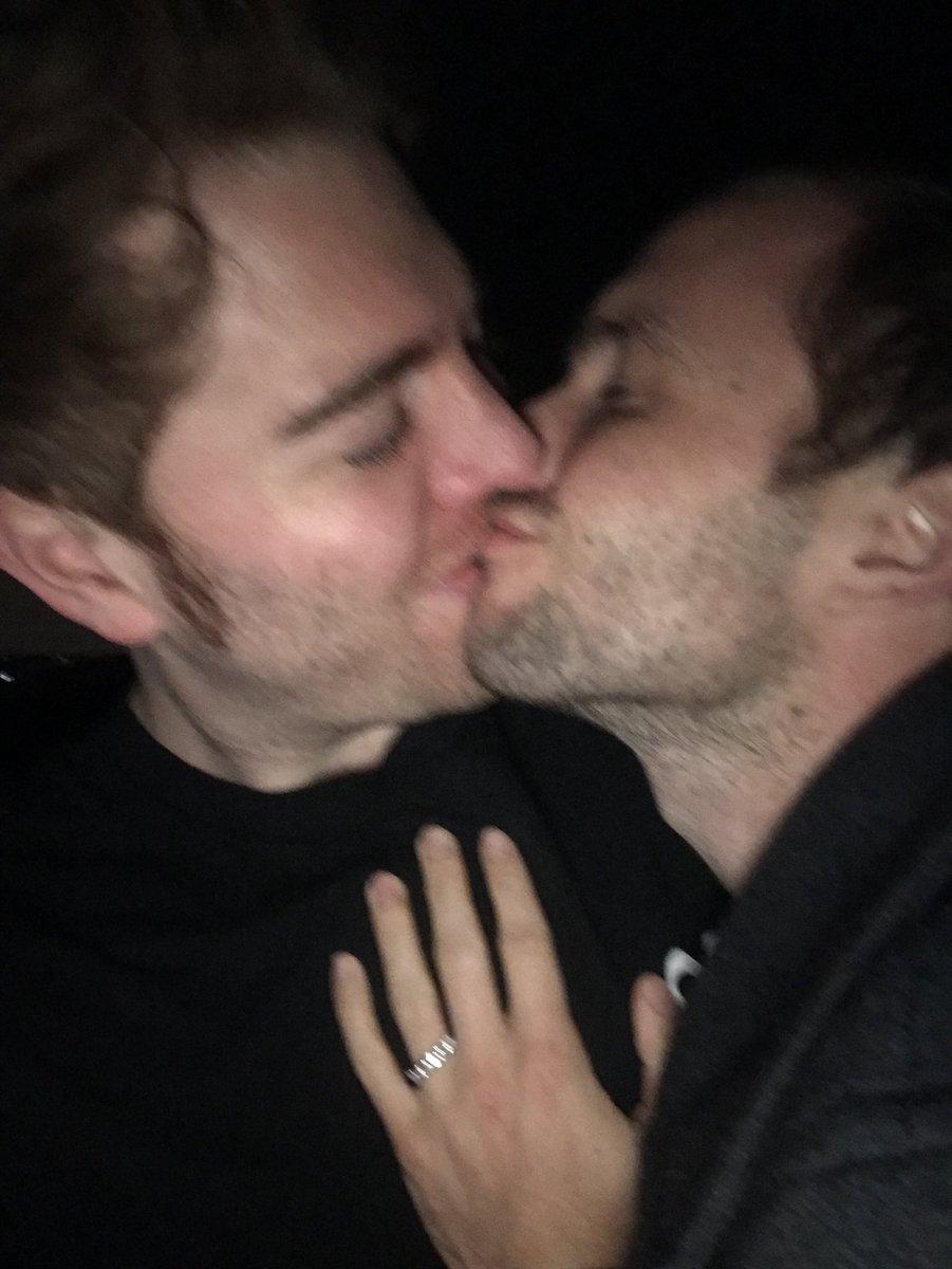 RT @shanedawson: HE SAID YES!!!!!! :,))))) https://t.co/phbJZydX2l