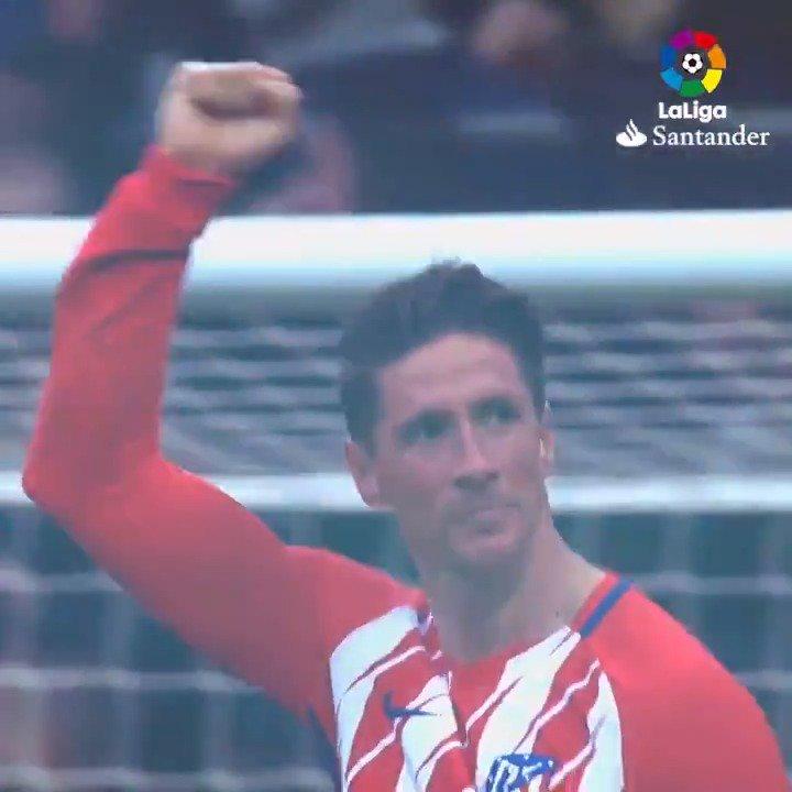 👶 De NIÑO a LEYENDA. ✨  Él es #LaLigaHistory.  ❤ ¡Felicidades, @Torres! ❤