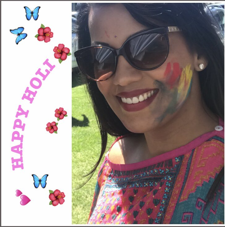 Happy and prosperous Holi to everyone 🌺🙏🏽🦋 #HappyHoli2019