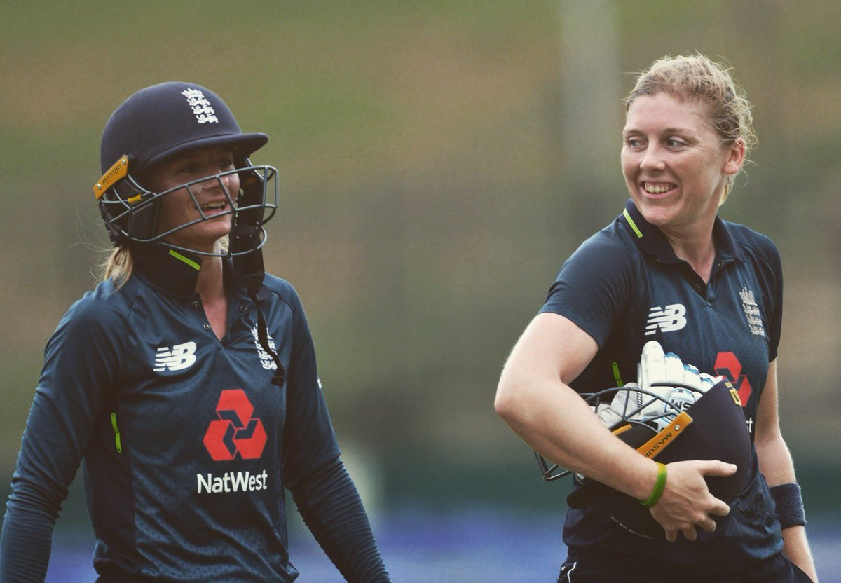 Find someone that looks at you like this 😚😍 @Heatherknight55 @GettySport