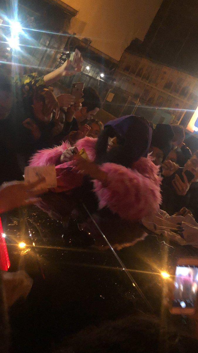 Until next time @NICKIMINAJ Thank you for stopping Queen #NickiWRLDTour #NickiWRLDTourManchester <br>http://pic.twitter.com/XppzPYqvVo