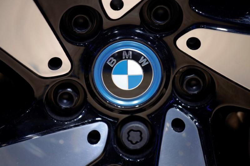 BMW delivers 2019 profit warning and plan to cut costs by 12 bln euros https://reut.rs/2JAqGr0