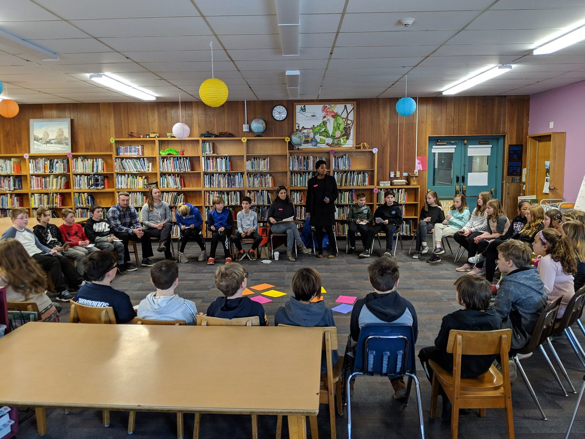 So lucky to have Lisa and Cara from @BROCTALK Community Justice Program here to talk to our students about restorative justice as part of their social justice PBL #PBL @RTS_VT #vted #educhat #education #grcsu #SocialJustice #RestorativePractices #middleschool #5thgrade<br>http://pic.twitter.com/gKDN1sXIUO