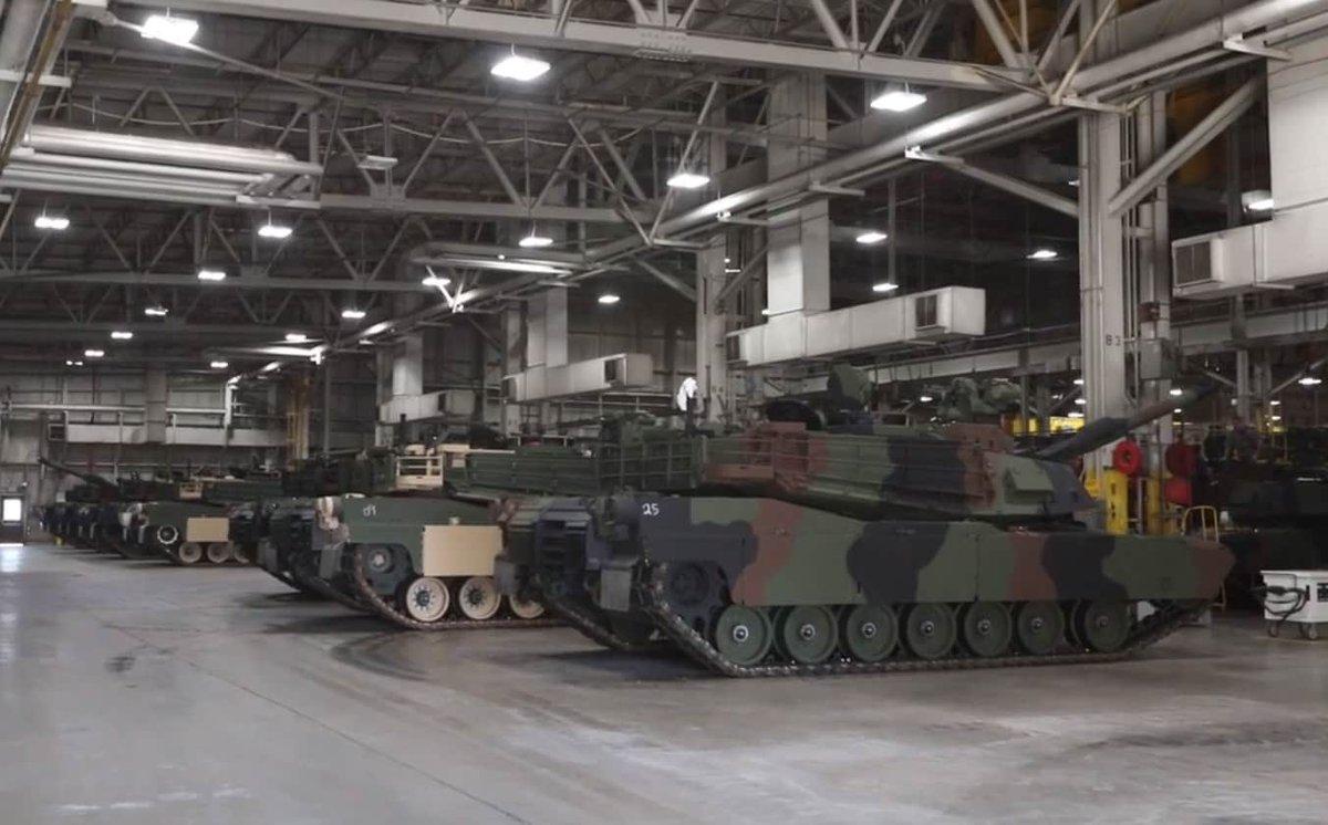 المباشره بالانتاج الكمي لدبابات Abrams M1A2 SEPv3 الامريكيه  D2G8zx8X0AAVwUG