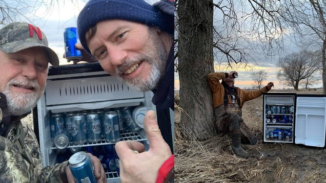 Fridge full of beer magically appears in flooded field just as tired guys pass by https://2wsb.tv/2OcIRBO