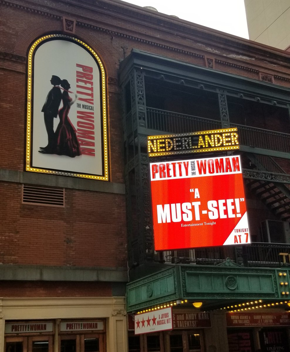 Had a great time @PrettyWoman great show, so much fun #PrettyWomanTheMusical. <br>http://pic.twitter.com/pAxP5T3td4