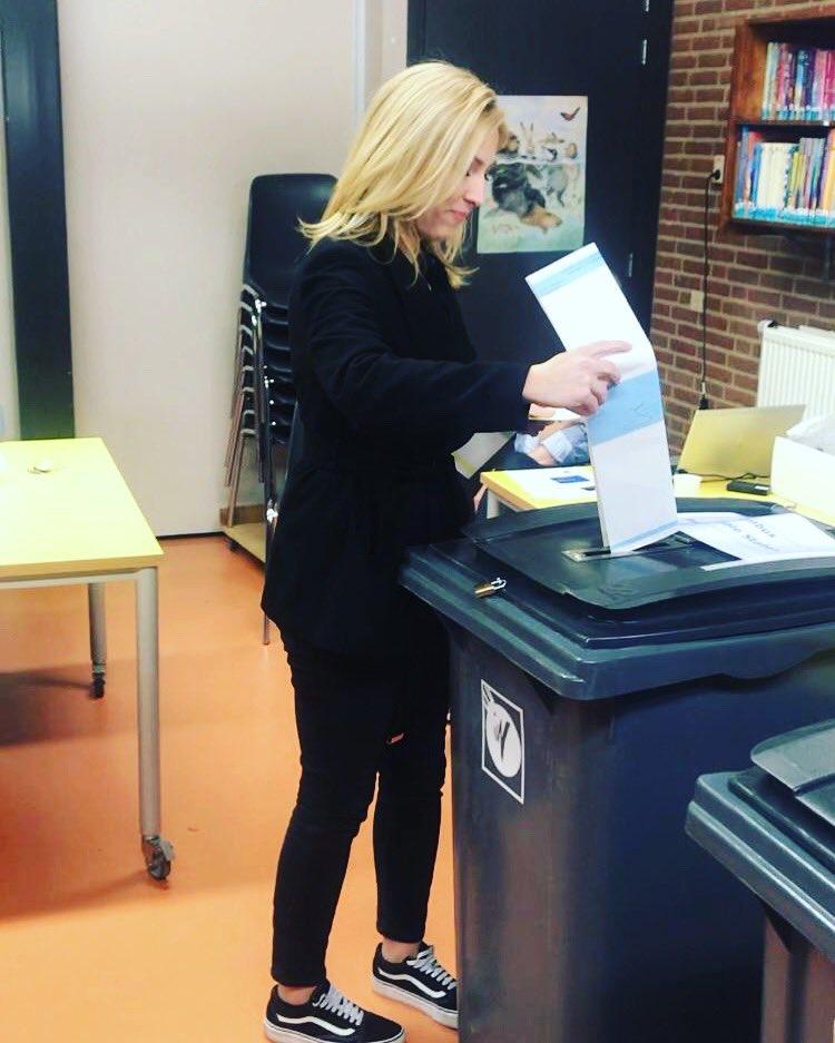 Mijn stem uitgebracht op basisschool de Korenaer in #Oss.   Hopelijk gaat iedereen stemmen vandaag! Dit is het moment om het verschil te maken.  Stem SP!  #NuSP #TijdvoorRechtvaardigheid #PS2019