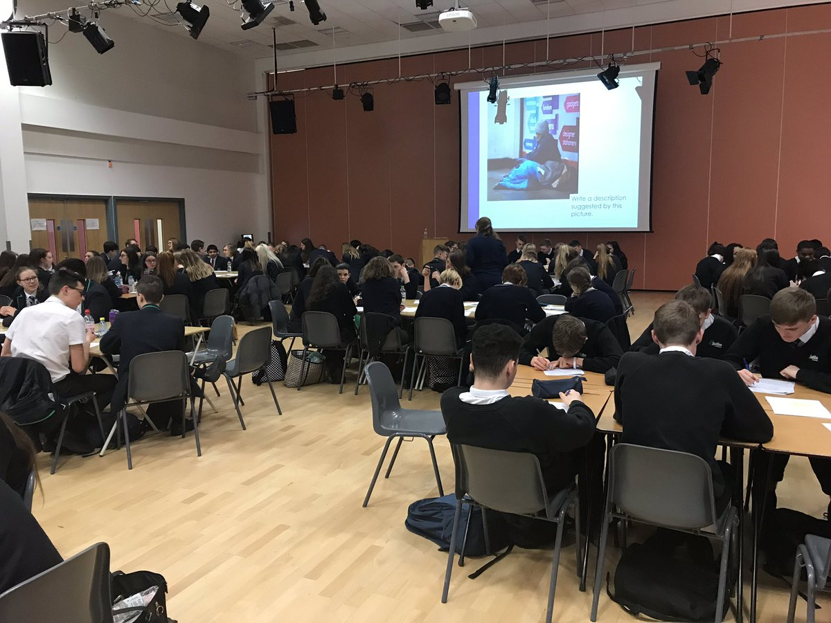 Outstanding Rodillian MAT English conference as our examiners push those top grades for Year 11. Superb response from all students who are working very hard! @BBGAcademy @RodillianMAT @FeatherstoneAca @braytonacademy1 #resilience #hardwork