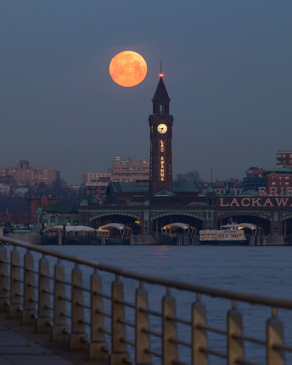 A full moon setting over Hoboken, NJ on the first day of spring! #NYC