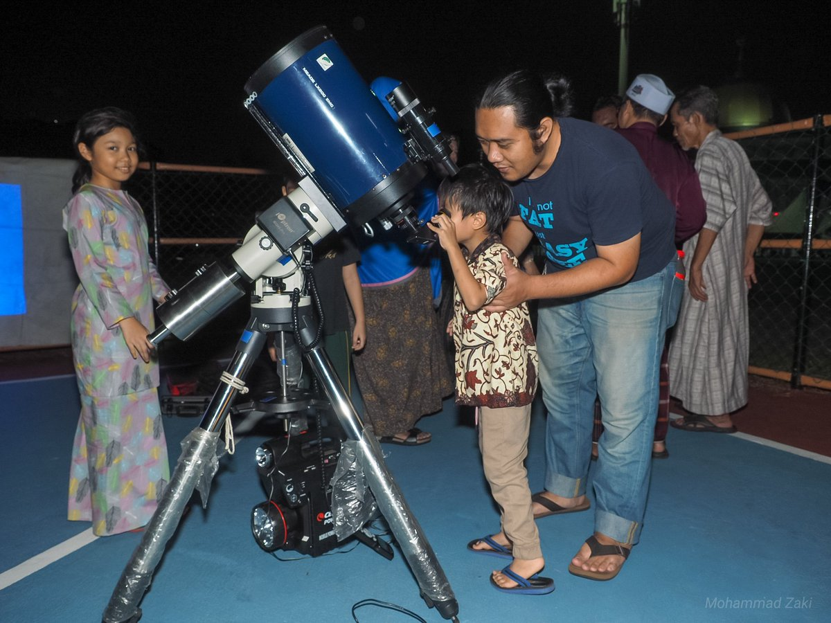 @suraualittifaq @jupem_kats Astronomer cilik.