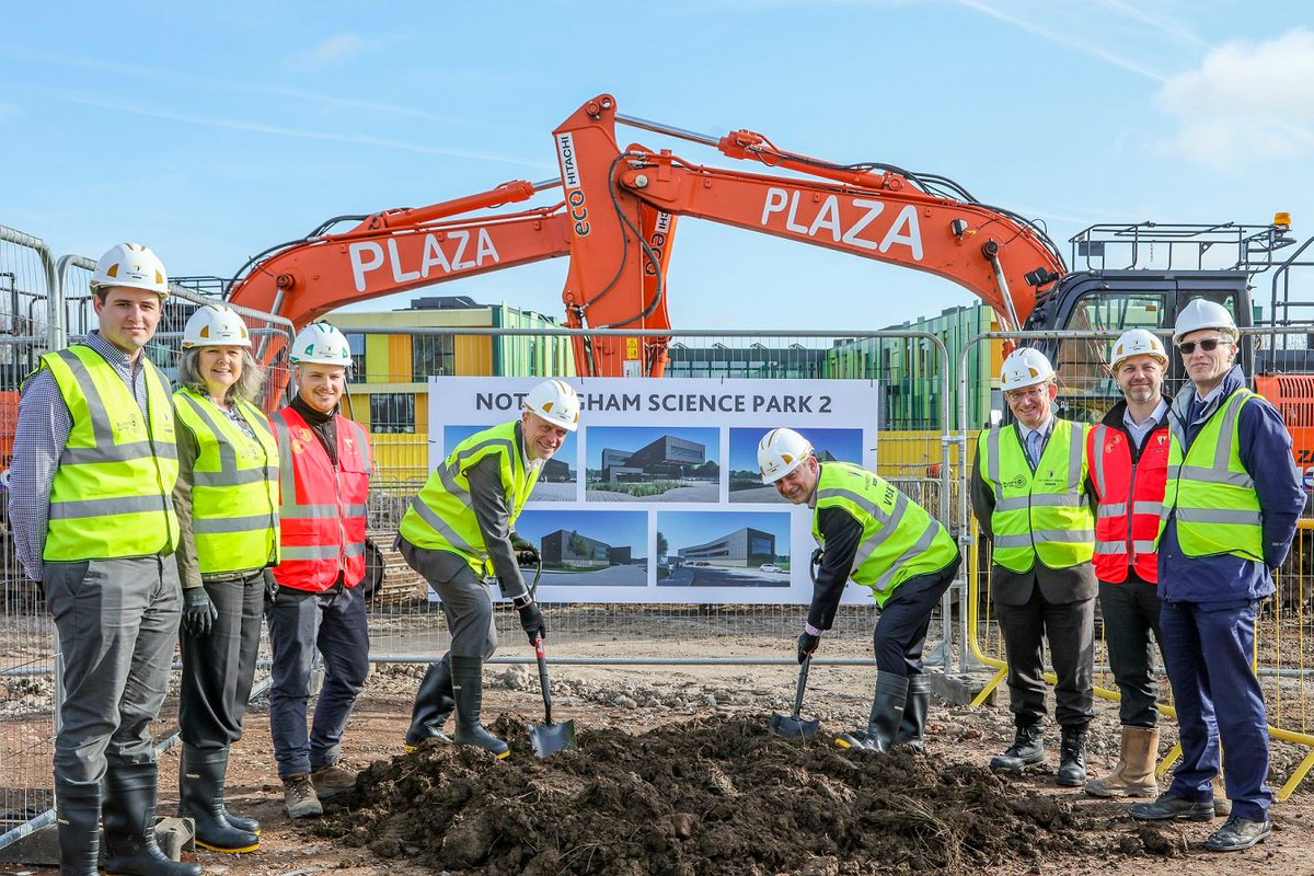 Work is officially underway at #Nottingham #Science Park, where we're creating R&D facilities with @MyNottingham. Once complete it will create 200 jobs   More here> http://socsi.in/ppyS2   @D2N2LEP @PickEverard @GleedsGlobal @AECOM @Scape_Group @cpmgArchitects