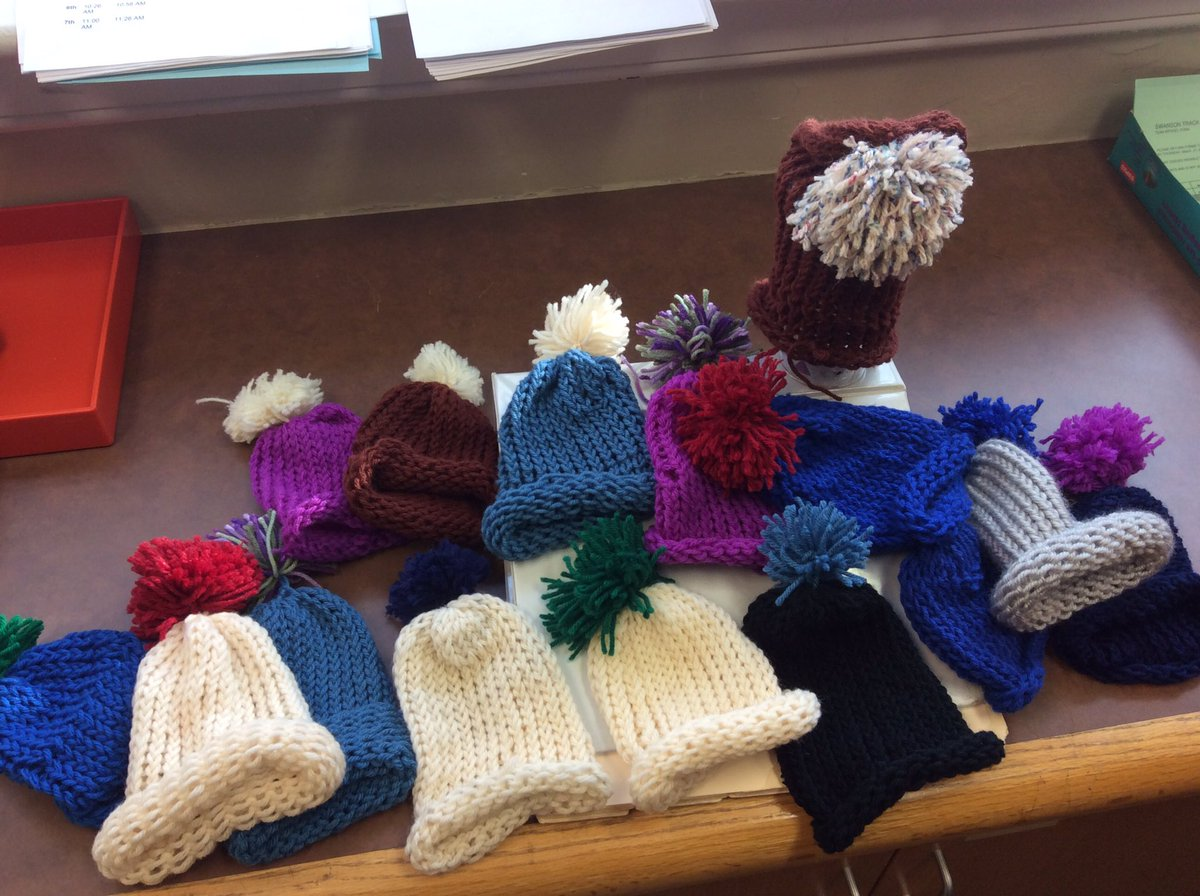 Ms. Kupchella's mindfulness group knitted hats for the Arlington Pediatric Center. 🧸 <a target='_blank' href='https://t.co/uHW3dTar1r'>https://t.co/uHW3dTar1r</a>