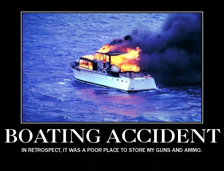 I have a boating accident. <br>http://pic.twitter.com/yr9XnZwM5b