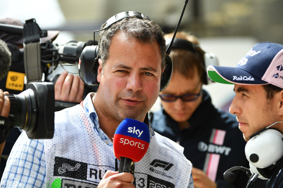 The F1 Midweek Debrief, tonight at 6pm on #SkyF1!  Don&#39;t miss the new technical show as @tedkravitz is joined by Rob Smedley to analyse the #AustralianGP   After it first airs at 6pm, there will be repeats at 7.30pm and 11.30pm   https://www. skysports.com/f1/news/12433/ 11670872/the-f1-midweek-debrief-dont-miss-new-show-on-sky-sports-f1 &nbsp; …   #SkyF1<br>http://pic.twitter.com/4DjkOxdI9W