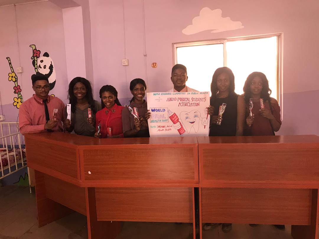 We also visited the Paediatrics Department, FETHI to distribute toothbrushes and toothpastes.  Thank you AMSAites for making this project happen   #AMSA #ABUAD #SCOPH #NiMSA #worldoralhealthday2019<br>http://pic.twitter.com/tvGtN48exK