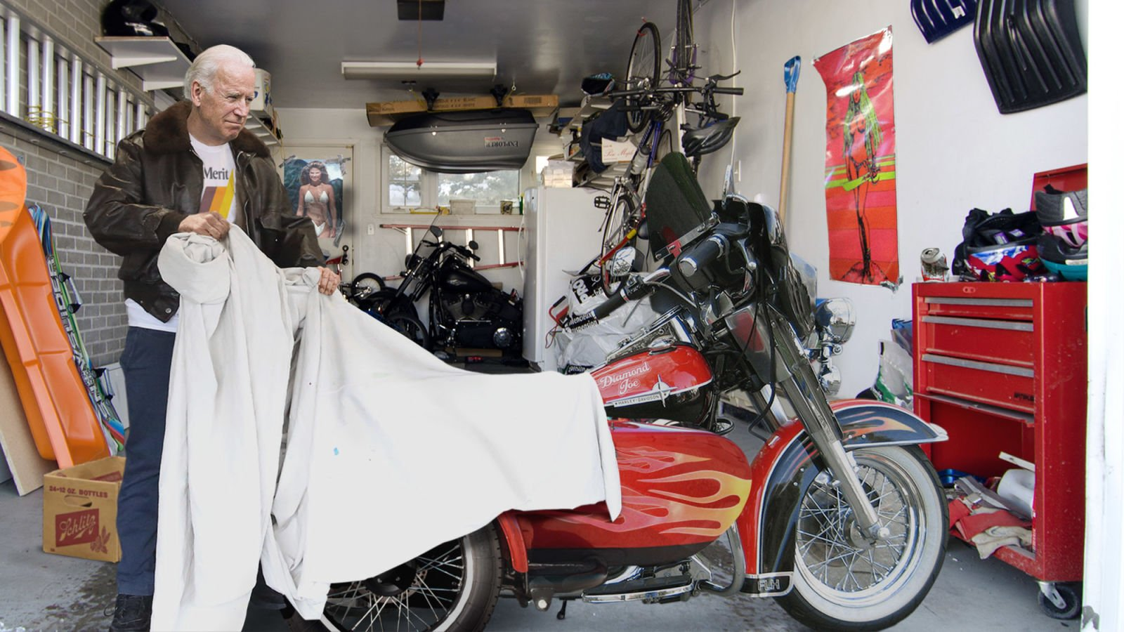 Biden Pulls Off Dusty Tarp Covering Old Campaign Motorcycle https://t.co/NF9dILxdgy https://t.co/MNnO5dOfFo