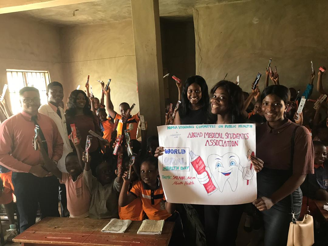 We all shouted &quot;teeth&quot; in the first picture. Now they all know that March 20th is World Oral Health Day every year just like they know Independence day and Children&#39;s day#AMSA #ABUAD #SCOPH #NiMSA #worldoralhealthday2019<br>http://pic.twitter.com/sznnE47pd2