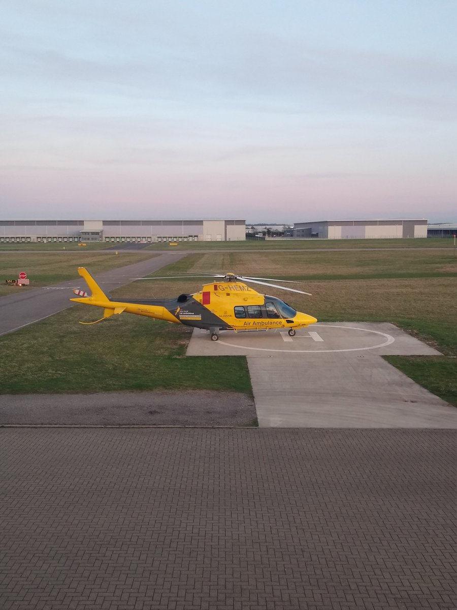 It&#39;s getting warmer, so we didn&#39;t have to put the aircraft to bed tonight! We still provide 24-hour critical care cover; when the aircraft is offline we use our Rapid Response Car <br>http://pic.twitter.com/I7vGi17lke